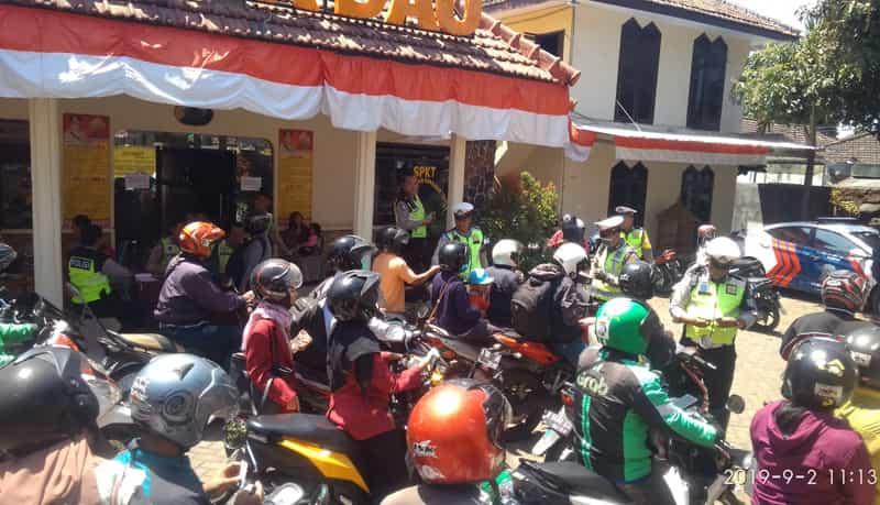 Satlantas Polres Malang Tilang Ratusan Pelanggar